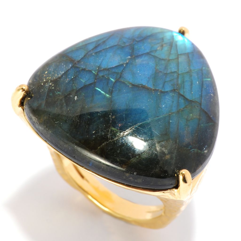 135-466 - Toscana Italiana 18K Gold Embraced™ 25mm Trillion Labradorite Hammered Ring