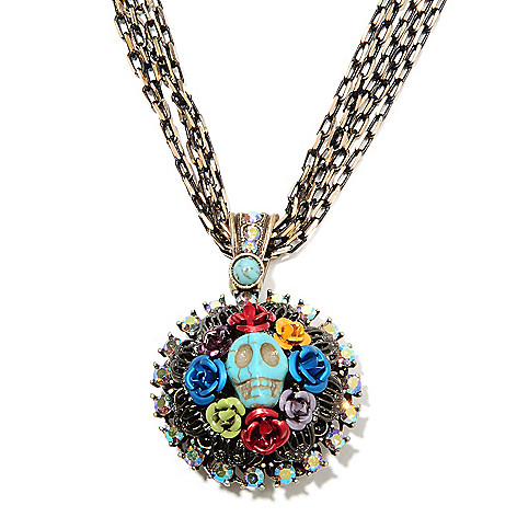 135-820 - Sweet Romance™ 16.5'' Magnesite, Crystal & Glass Skull Wreath RetroMex Necklace