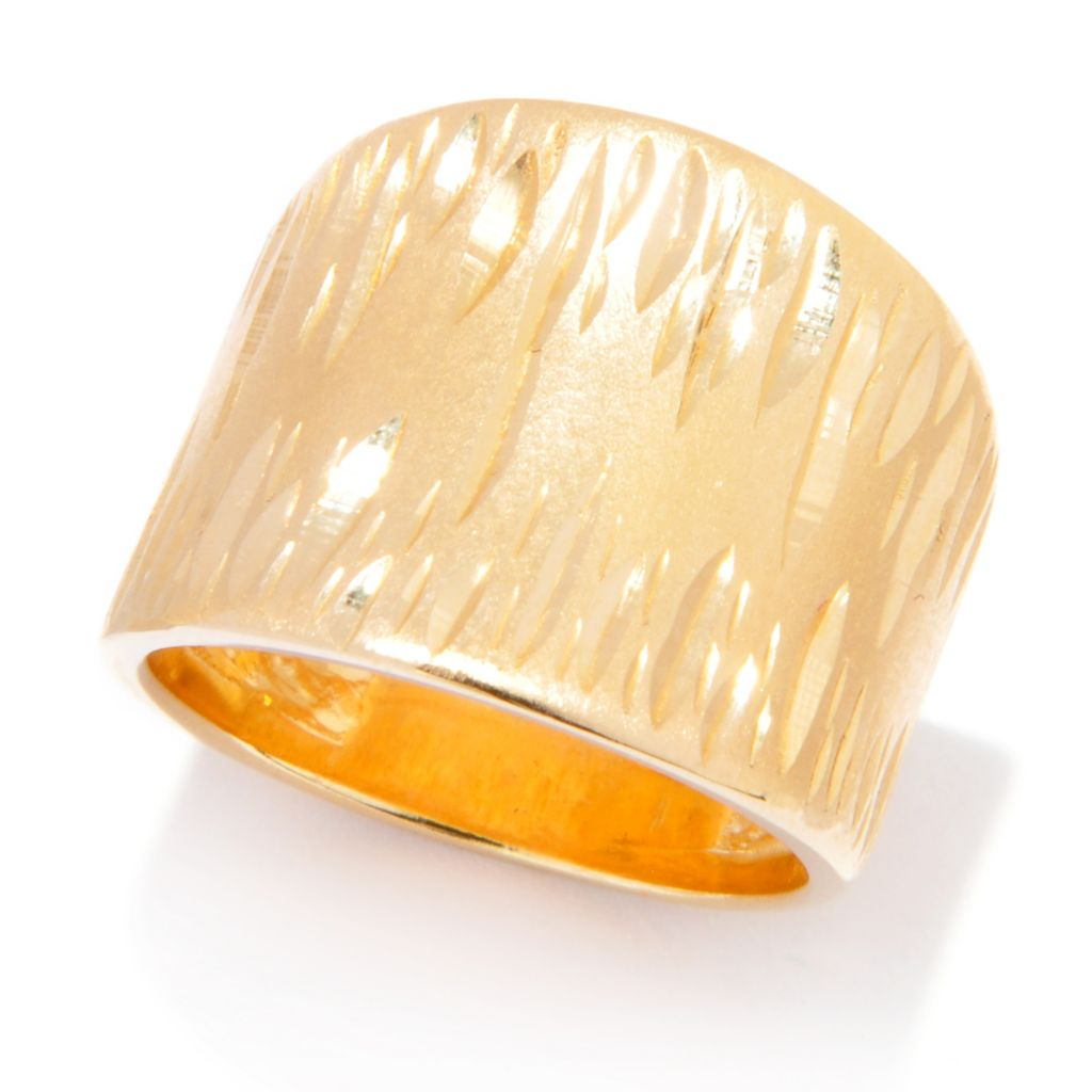 136-822 - Portofino 18K Gold Embraced™ Diamond Cut Tapered Wide Band Ring