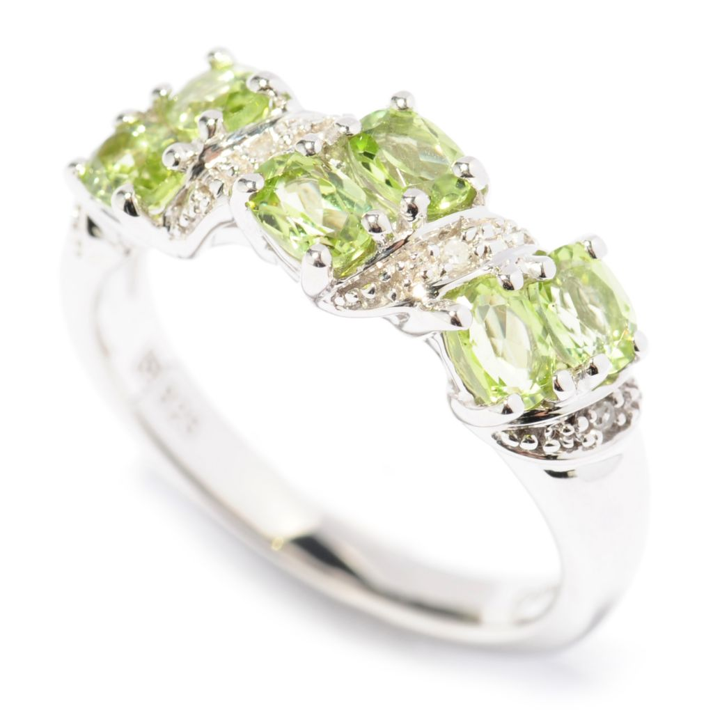 137-462 - Gem Insider Sterling Silver 0.86ctw Peridot & Diamond Diagonal Band Ring