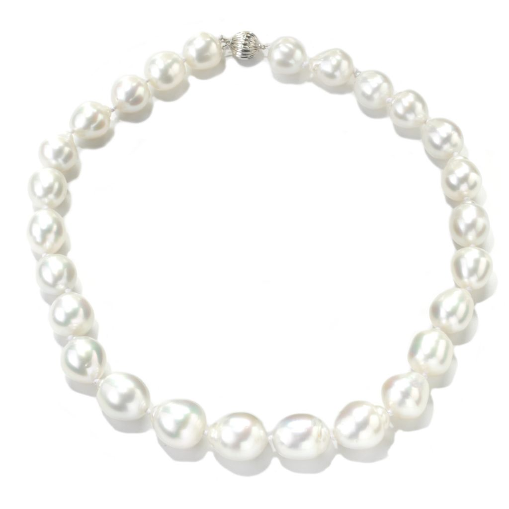 "137-700 - 18K White Gold 18"" 13-14mm White South Sea Cultured Pearl Necklace"