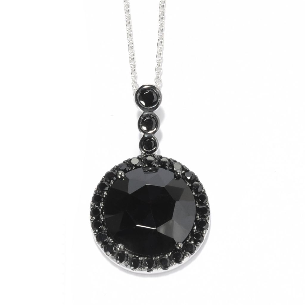 139-158 - Gem Treasures Sterling Silver 14.5 x 13.5mm Black Spinel Circle Pendant