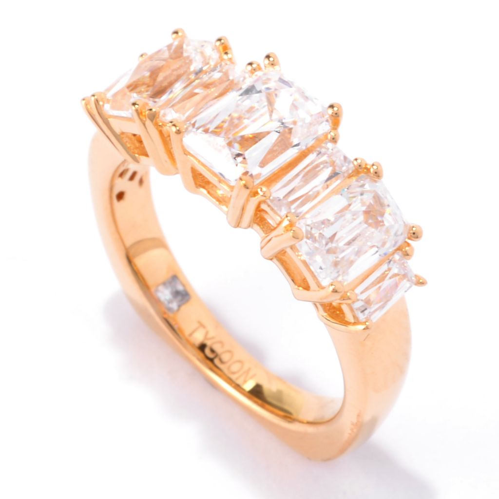 141-395 - TYCOON 18K Gold Embraced™ 2.90 DEW Simulated Diamond Seven-Stone Ring