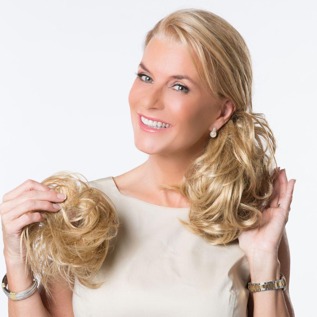 """308-396 - Toni Brattin® 6"""" Full & Wavy Twin Clip® w/ Bonus 3.5"""" Toni Twist® & Twirl Hair Wrap"""