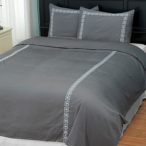 401-932 - North Shore Linens™ ''Four Corners'' 300TC Cotton Sateen Three-Piece Duvet Set