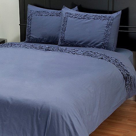 401-938 - North Shore Linens™ ''Ruffles'' 300TC Three-Piece Duvet Set