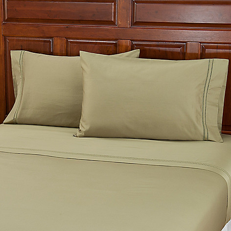 402-031 - North Shore Linens™ 700TC Egyptian Cotton Pillowcase Pair