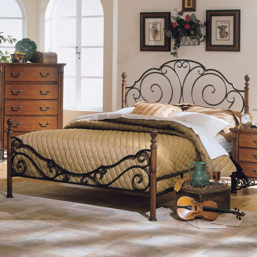 414-356 - BRONZE METAL QUEEN POSTER BED