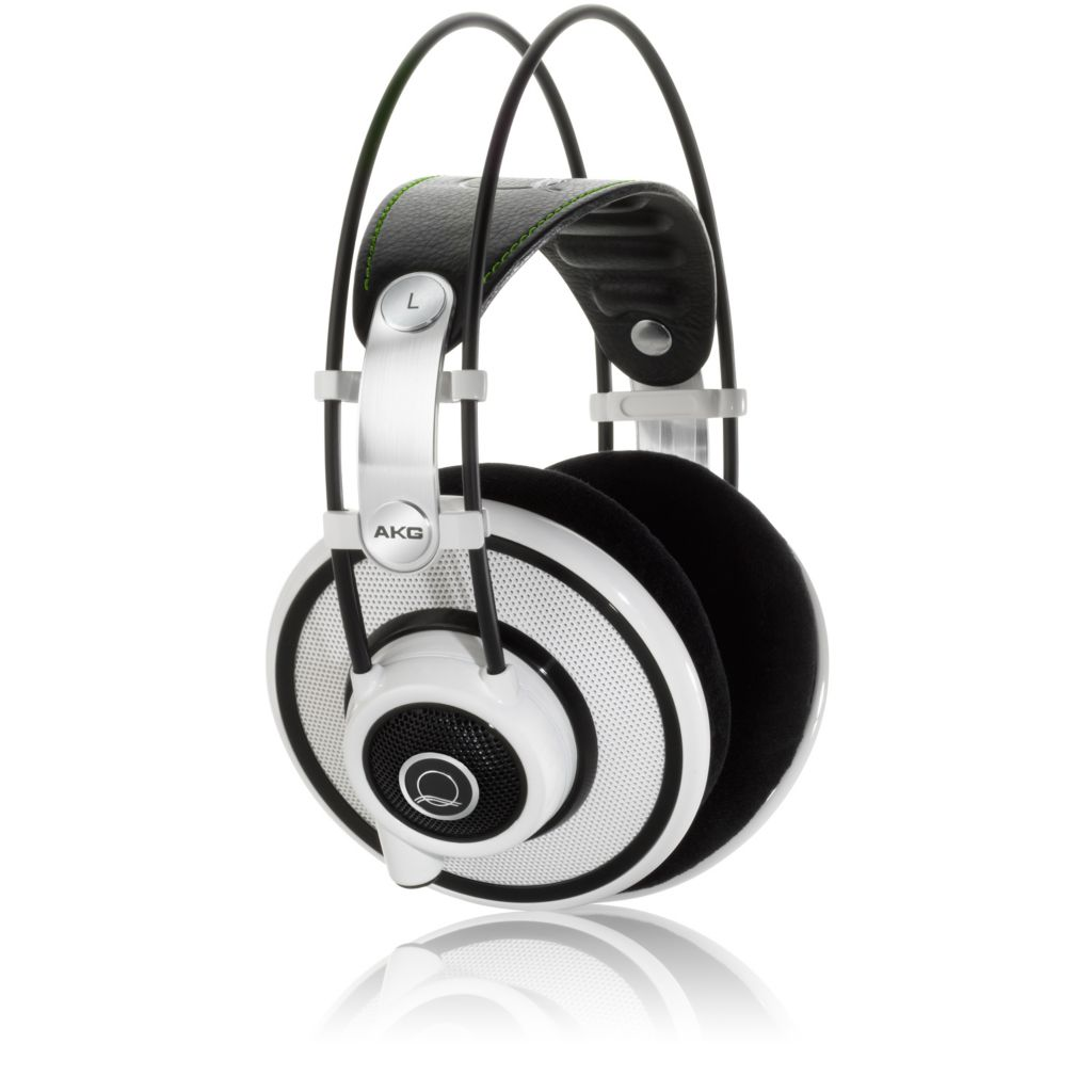 423-652 - AKG Over Ear Headphones