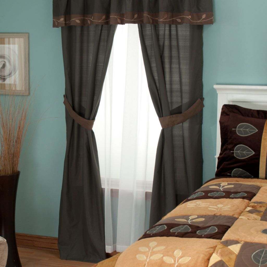 "429-578 - North Shore Linens™ ""Velvet Leaf"" Four-Piece Window Set"