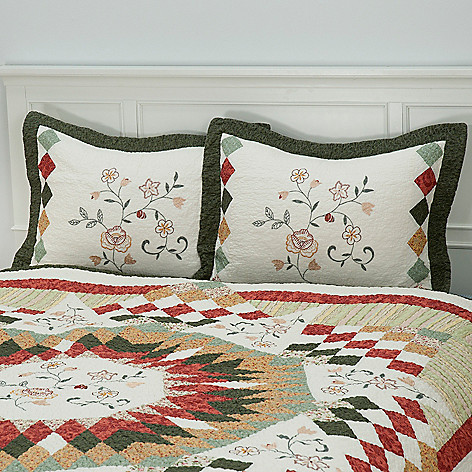 430-312 - North Shore™ Collectible Quilts ''Hayworth'' 100% Cotton Sham Pair