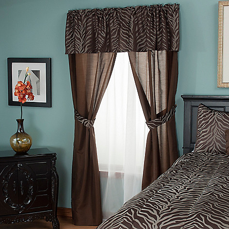 430-954 - North Shore Linens™ ''Jungle'' Five-Piece Window Set