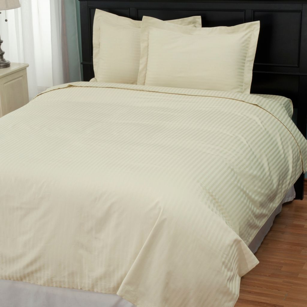 431-230 - North Shore Linens™ 600TC Egyptian Cotton SureSoft® Three-Piece Duvet Set