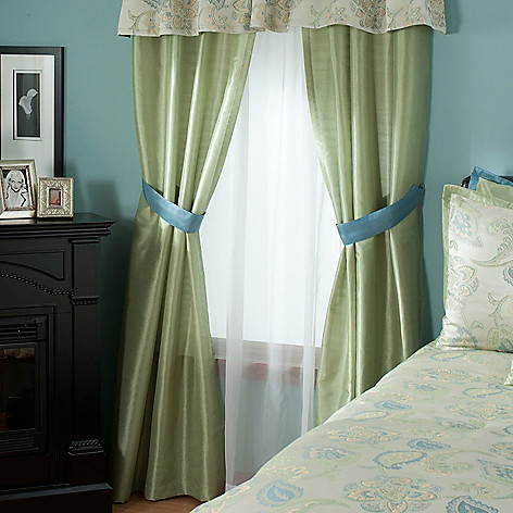 431-382 - North Shore Linens™ ''Minorca'' Four-Piece Window Set
