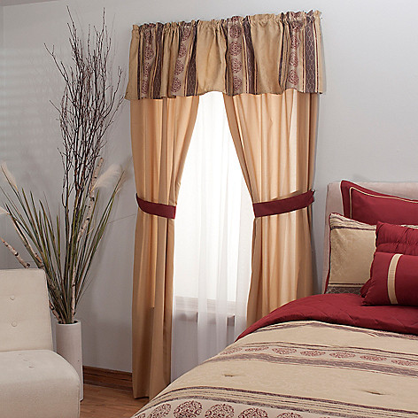 431-501 - North Shore Linens™ Five-Piece Stripe & Medallion Window Set