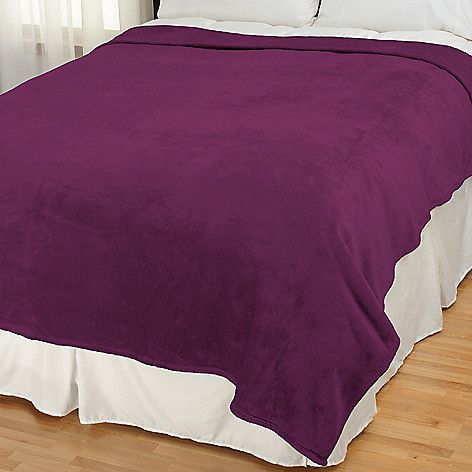 432-557 - Cozelle® Super Soft Plush Oversized Blanket