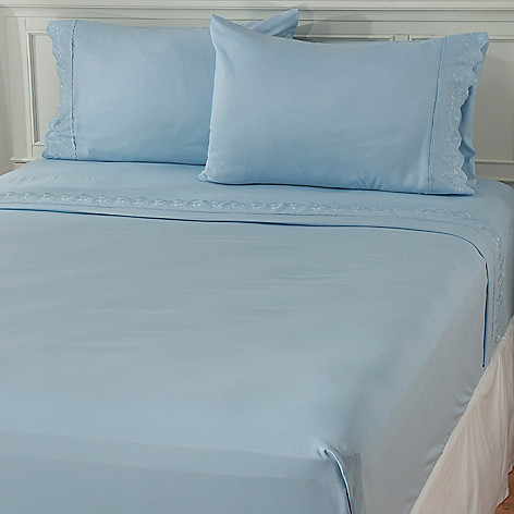 433-301 - Cozelle® Lace Microfiber Four-Piece Sheet Set