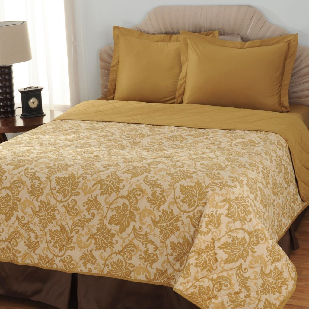 433-709 - North Shore Linens™ Three-Piece 600TC Egyptian Cotton SureSoft® Coverlet Set