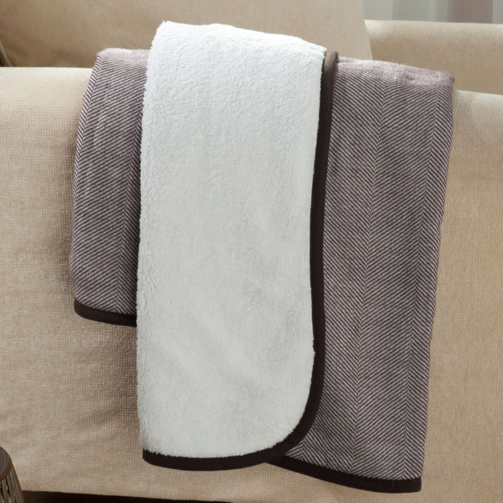 "433-772 - North Shore Linens™ 60"" x 50"" Reversible Sherpa Herringbone Knit Throw"