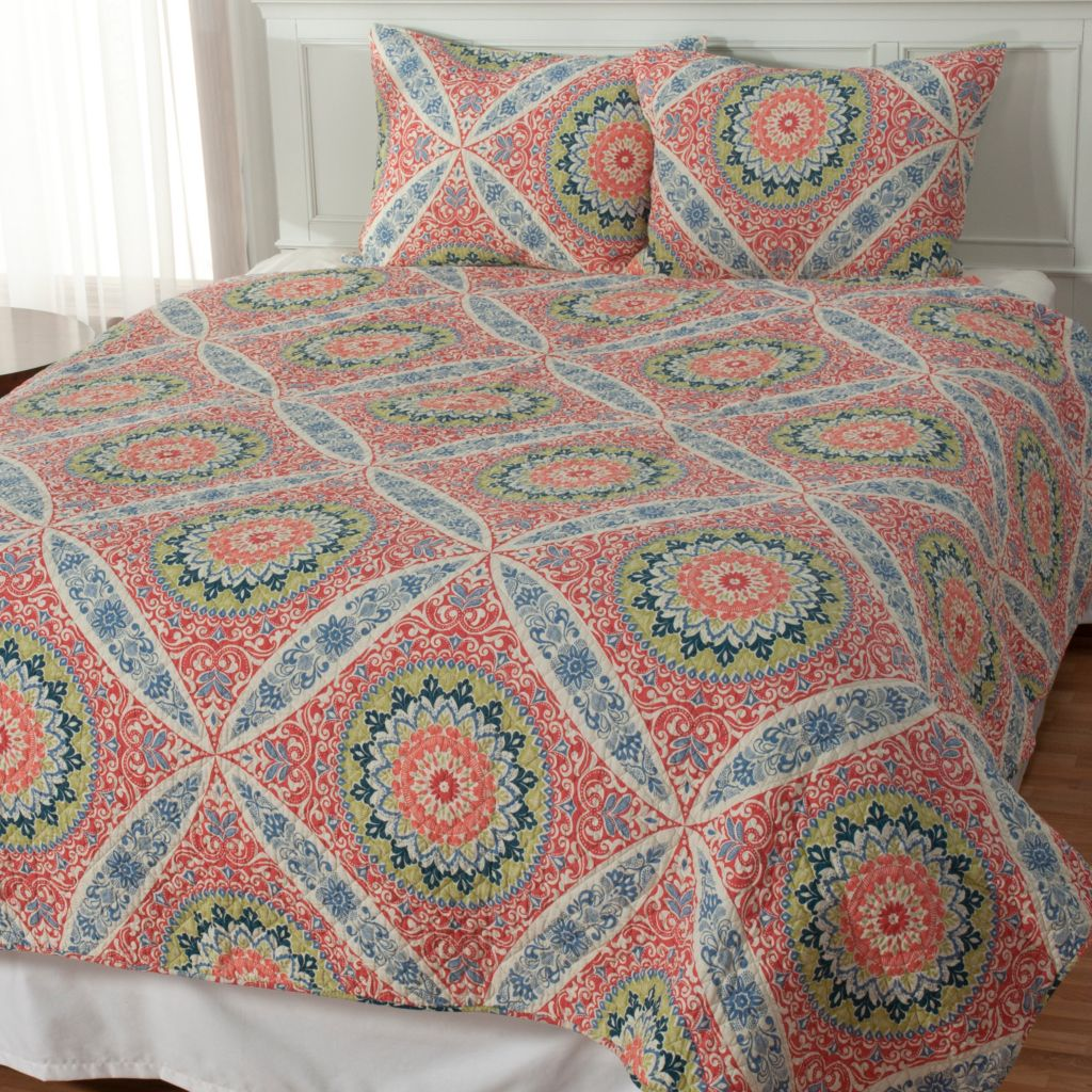 "434-066 - North Shore Linens™ ""Zola"" Cotton Three-Piece Quilt Set"
