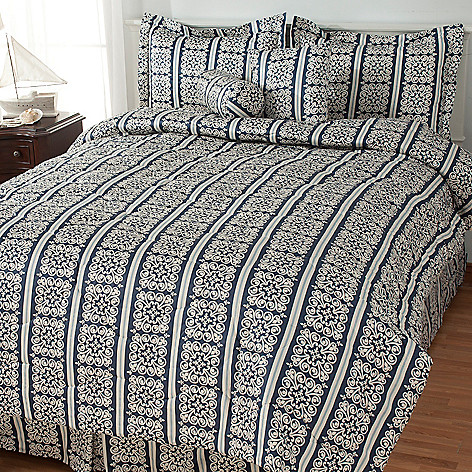 435-440 - North Shore Linens™ 300TC Cotton Medallion Striped Six-Piece Bedding Ensemble