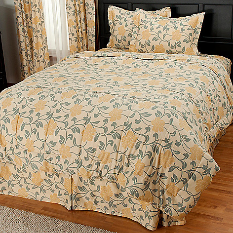 435-722 - North Shore Linens™ Four-Piece 300TC Egyptian Cotton Floral Comforter Set