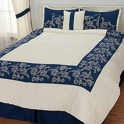 436-346 - North Shore Linens™ ''Sarasota'' Seven-Piece Bedding Ensemble