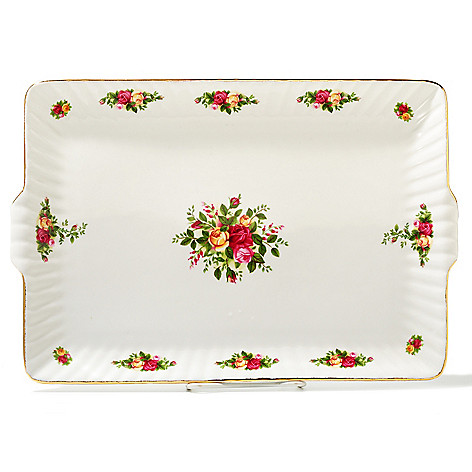 436-424 - Royal Albert® Old Country Roses 13.5'' Porcelain Fluted Serving Tray