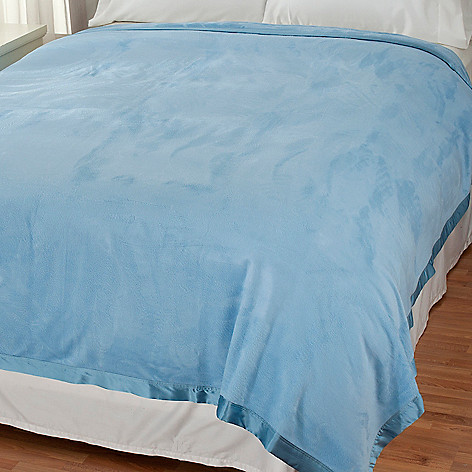 437-063 - Grand Suites® Rayon from Bamboo Blanket w/Silk Charmeuse Boarder