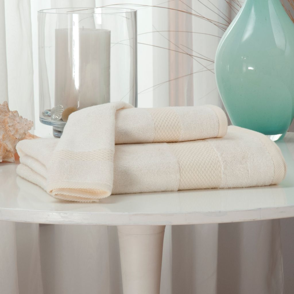 437-122 - Grand Suites® Viscose from Bamboo Three-Piece Towel Set