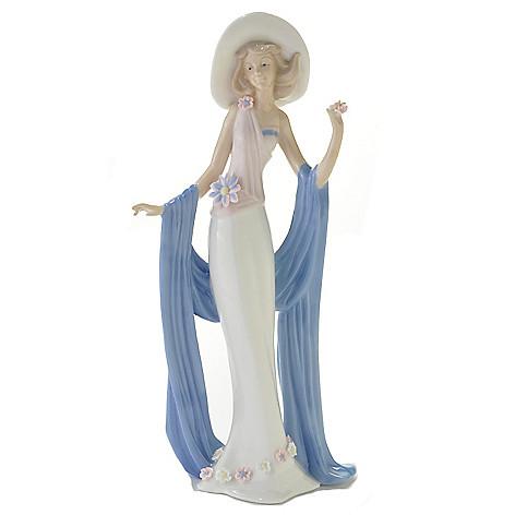 437-141 - Sorelle® ''Fashionista'' 15'' Porcelain Handcrafted Figurine