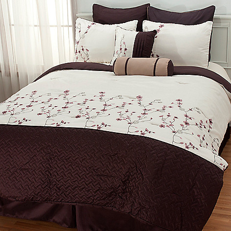 437-549 - North Shore Linens™ ''Sadie'' Eight-Piece Bedding Ensemble
