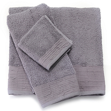 437-863 - Grand Suites® Turkish Cotton Pleated Three-Piece Towel Set