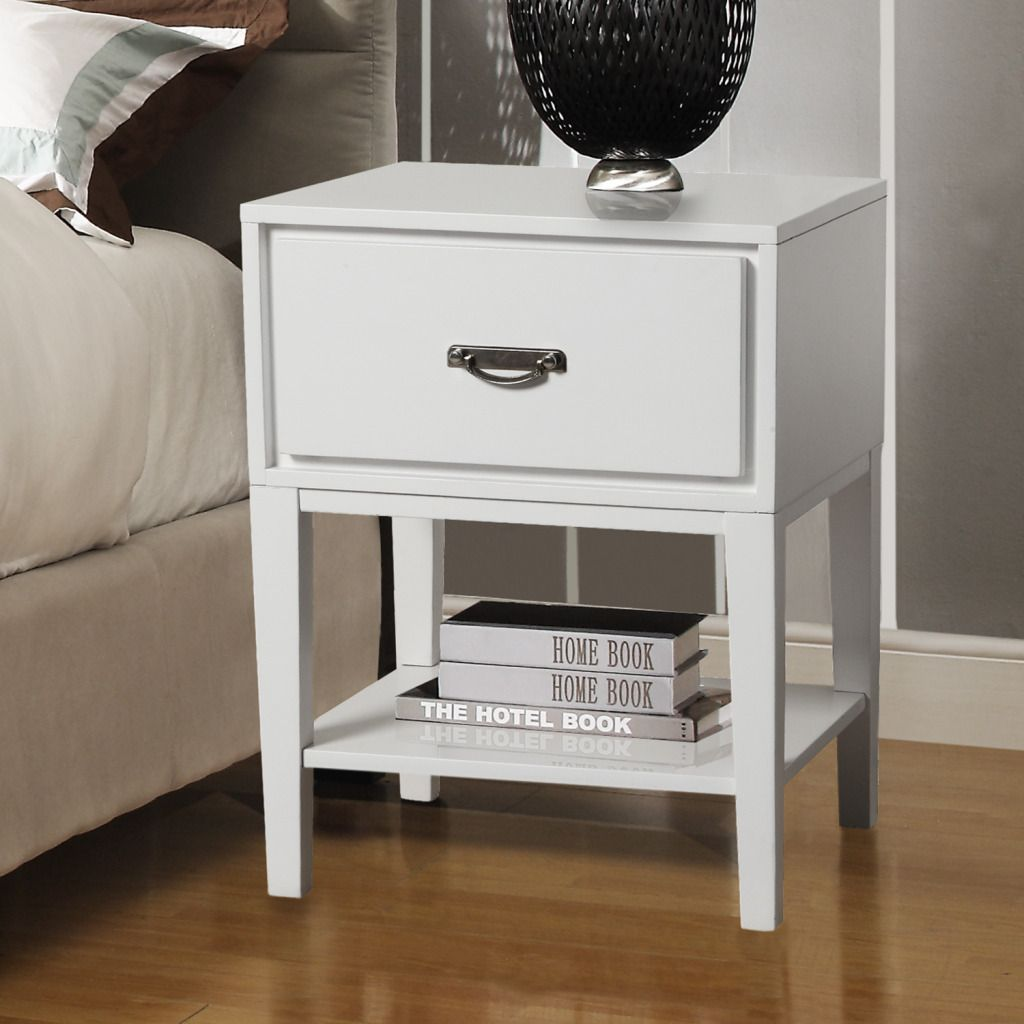 437-958 - HomeBasica Northshore Classic Accent Table