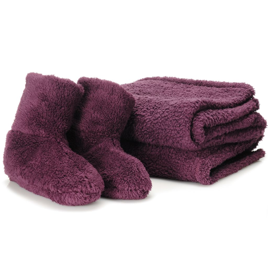 "438-076 - Cozelle® 60"" x 50"" Sherpa Throw & Slipper Set"