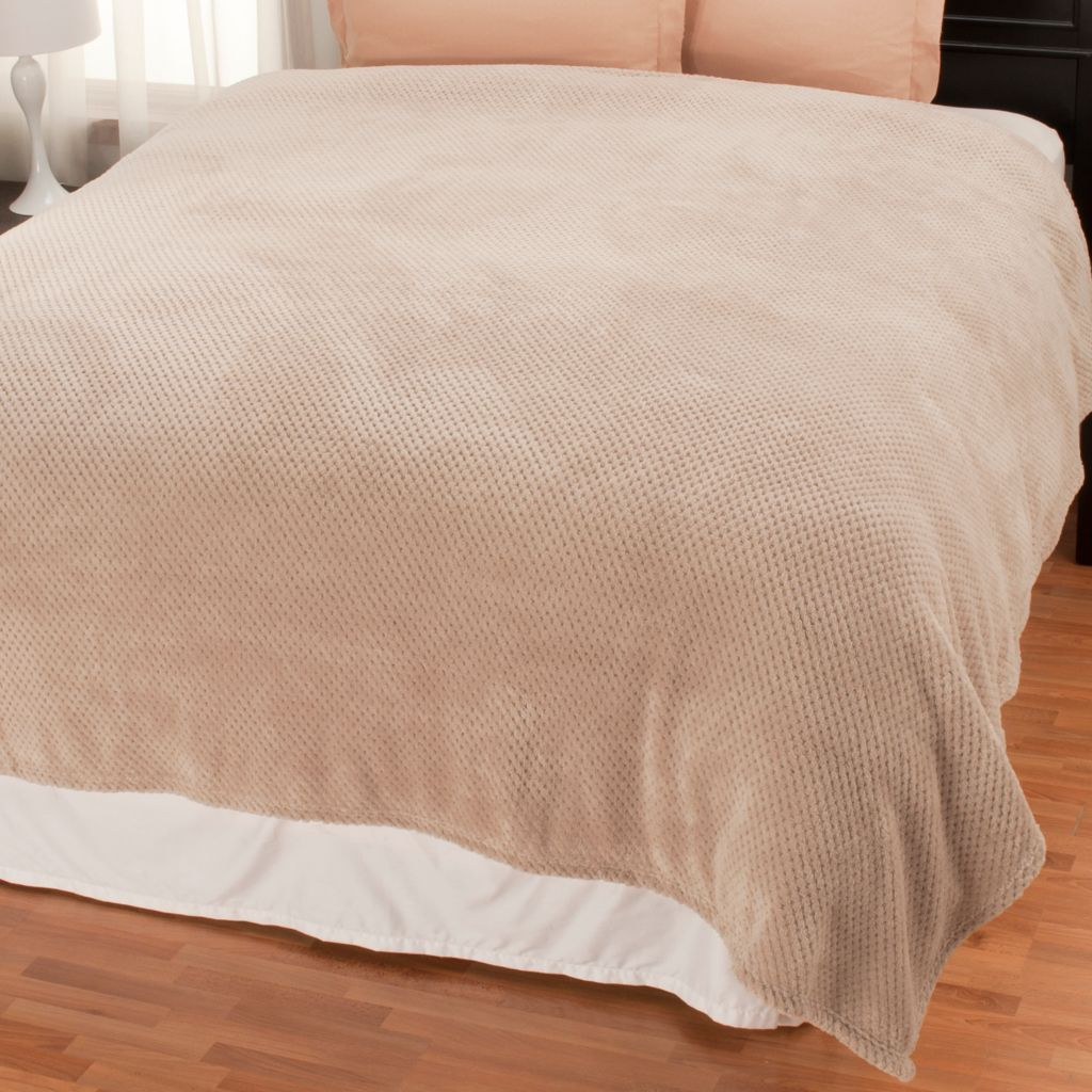 438-077 - Cozelle® Plush Popcorn Textured Blanket