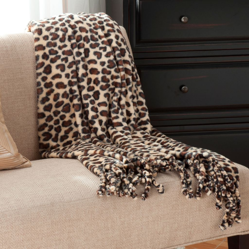 "438-079 - Cozelle® 60"" x 50"" Luxe Plush Throw w/ Twisted Fringe"