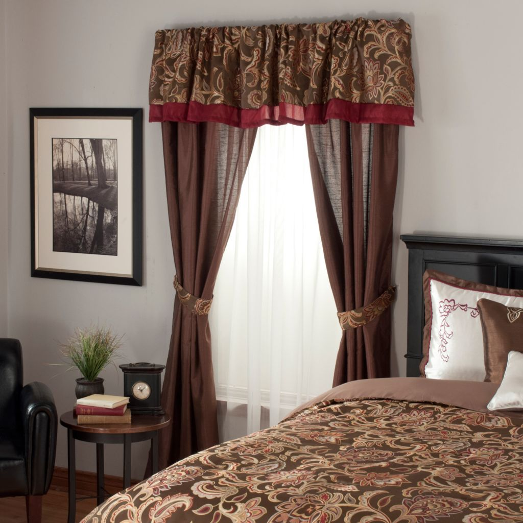 438-486 - North Shore Linens™ Floral Paisley Satin & Jacquard Five-Piece Window Set