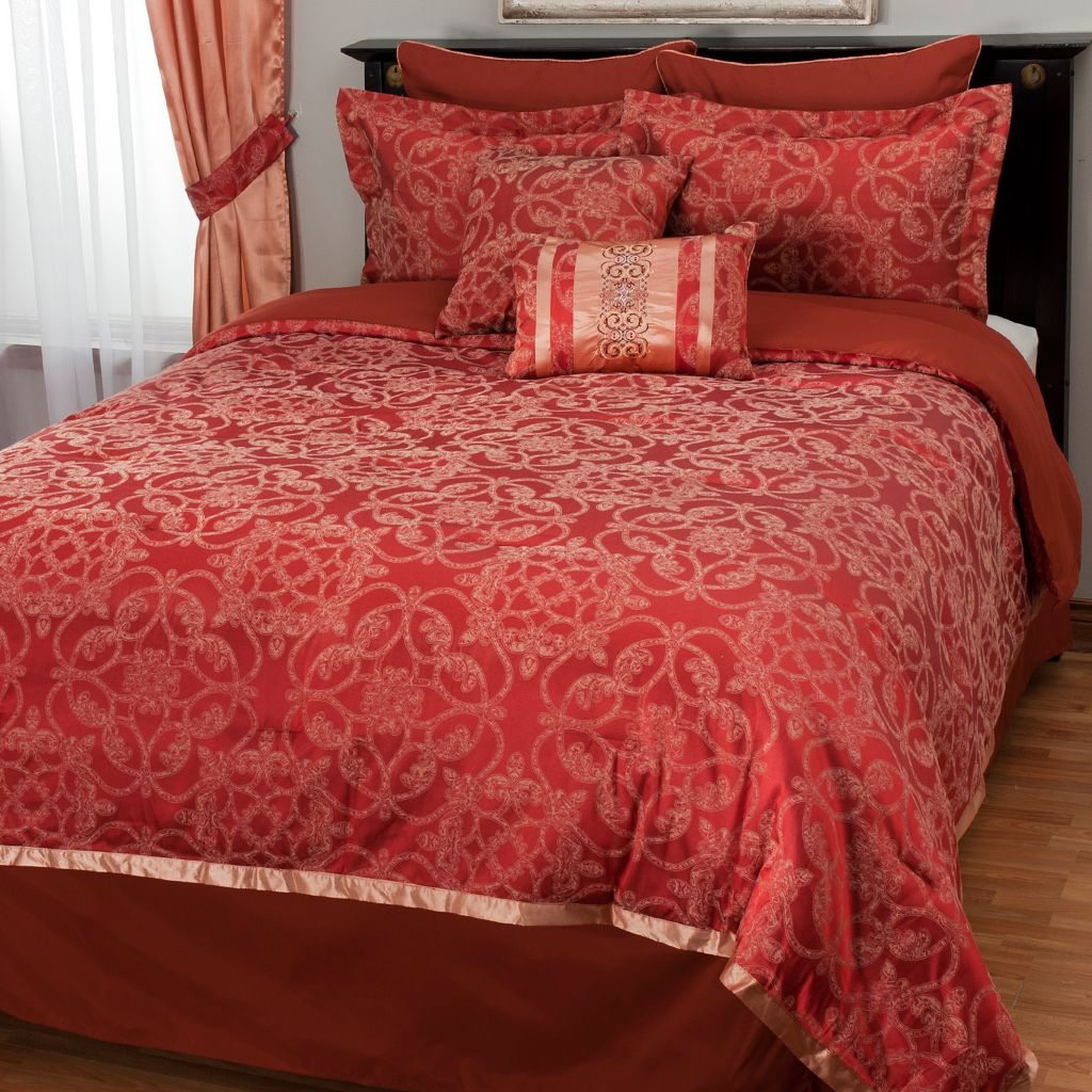 438-761 - North Shore Linens&trade&; Medallion Satin Jacquard Eight-Piece Bedding Ensemble