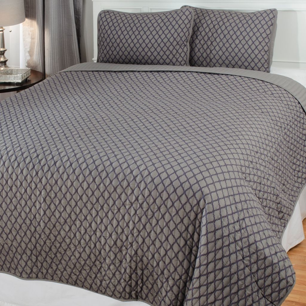 438-986 - Cozelle® Microfiber Lattice Three-Piece Coverlet Set