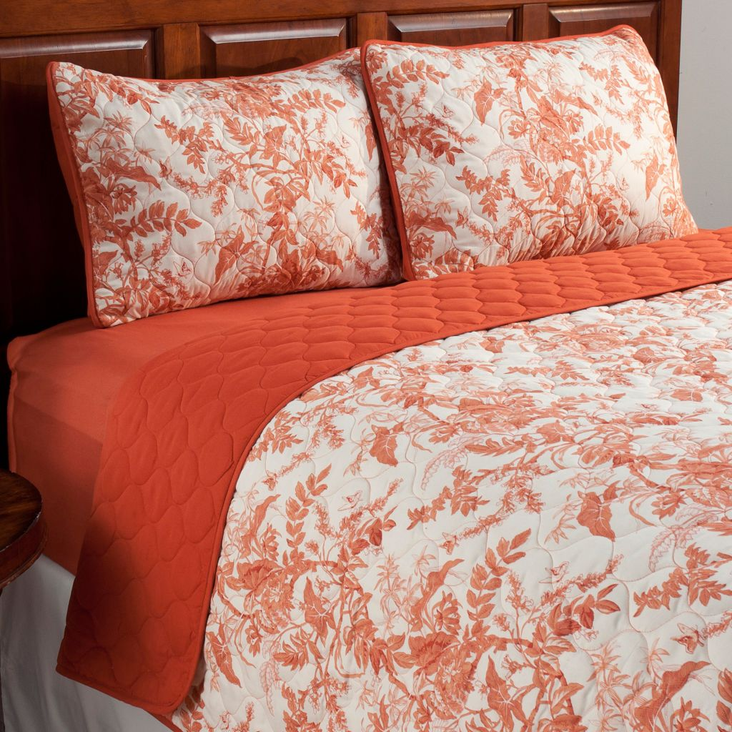 438-987 - Cozelle® Microfiber Leaf Three-Piece Coverlet Set