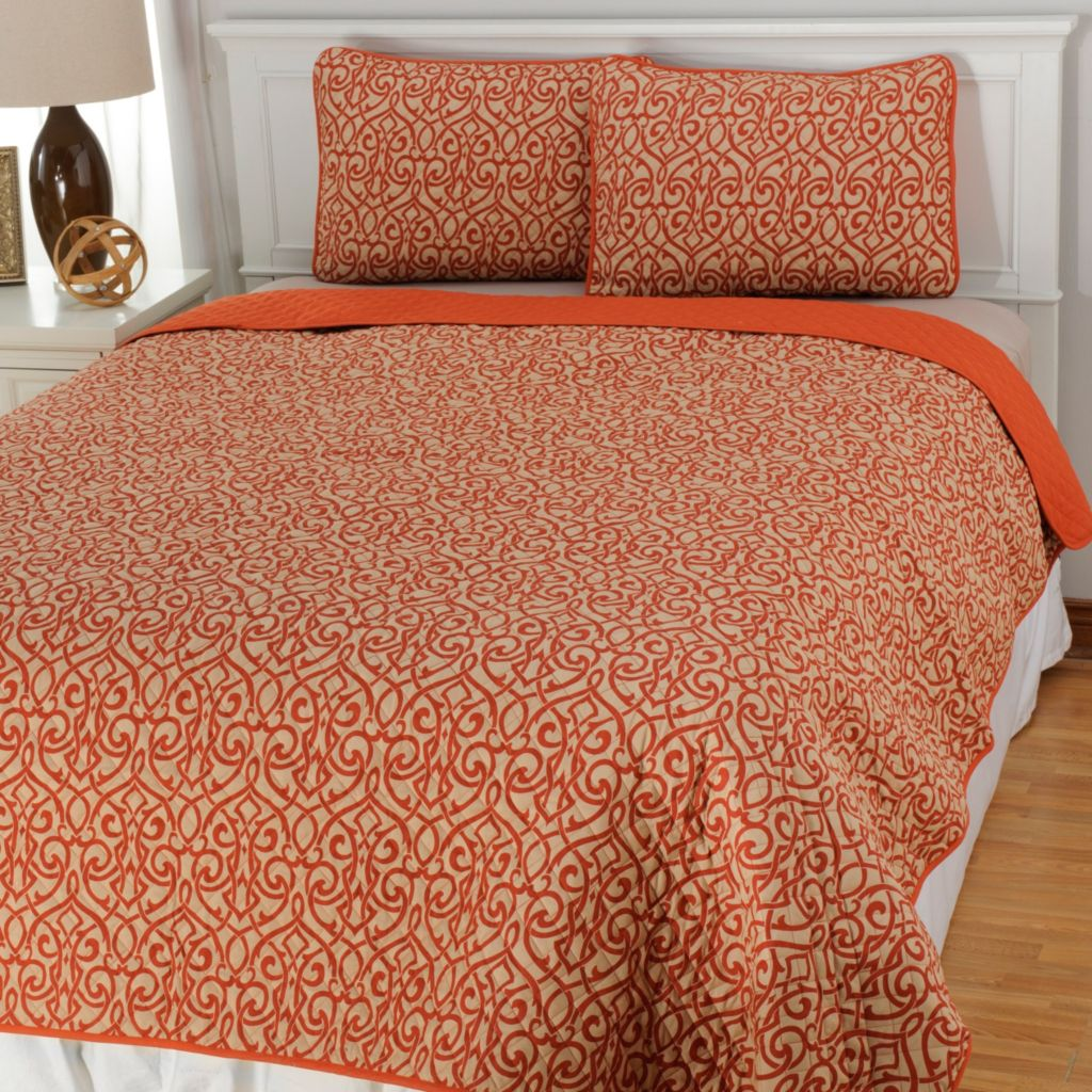 438-989 - Cozelle® Microfiber Grid Three-Piece Coverlet Set