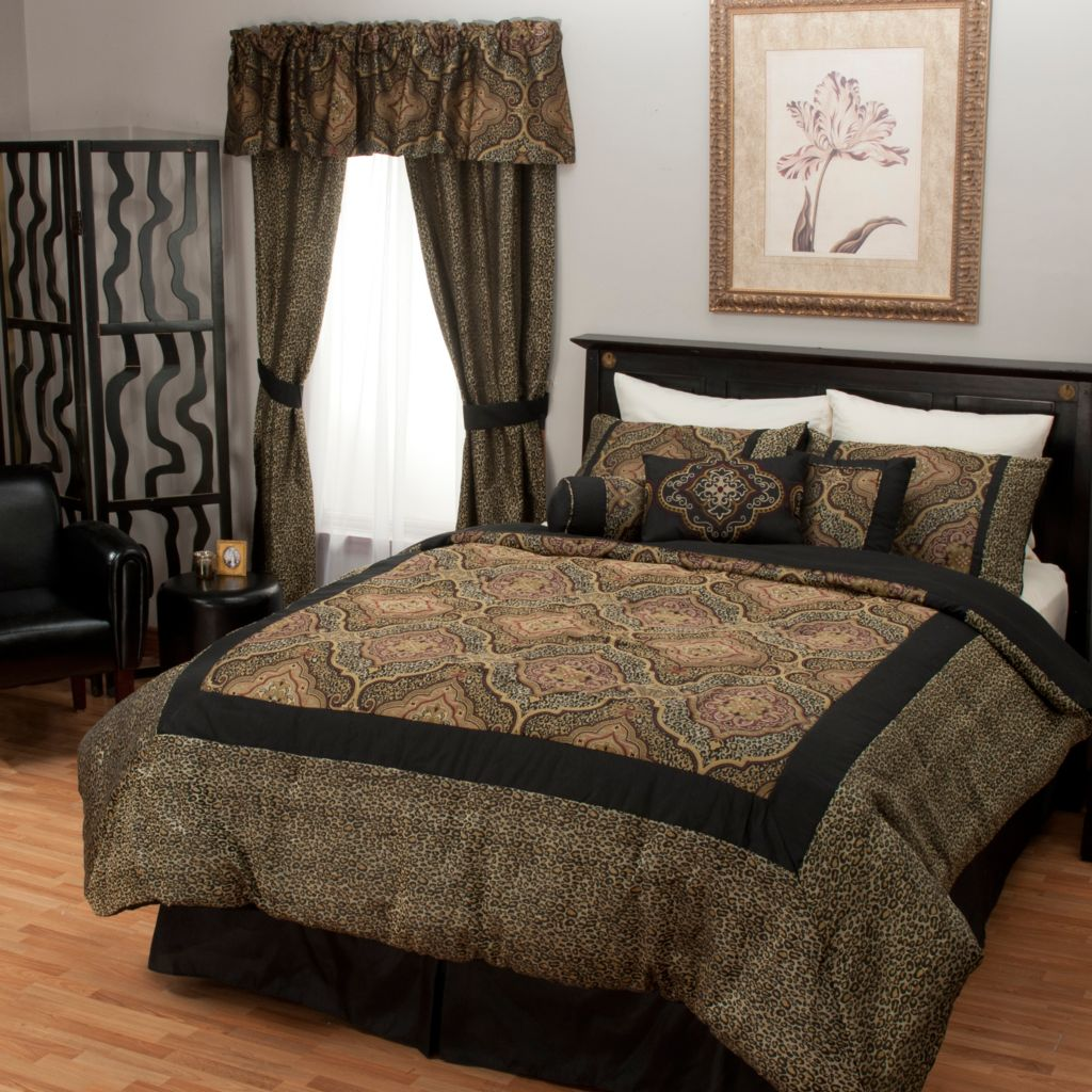 438-996 - North Shore Linens™ Medallion Jacquard 21-Piece Bedding Ensemble