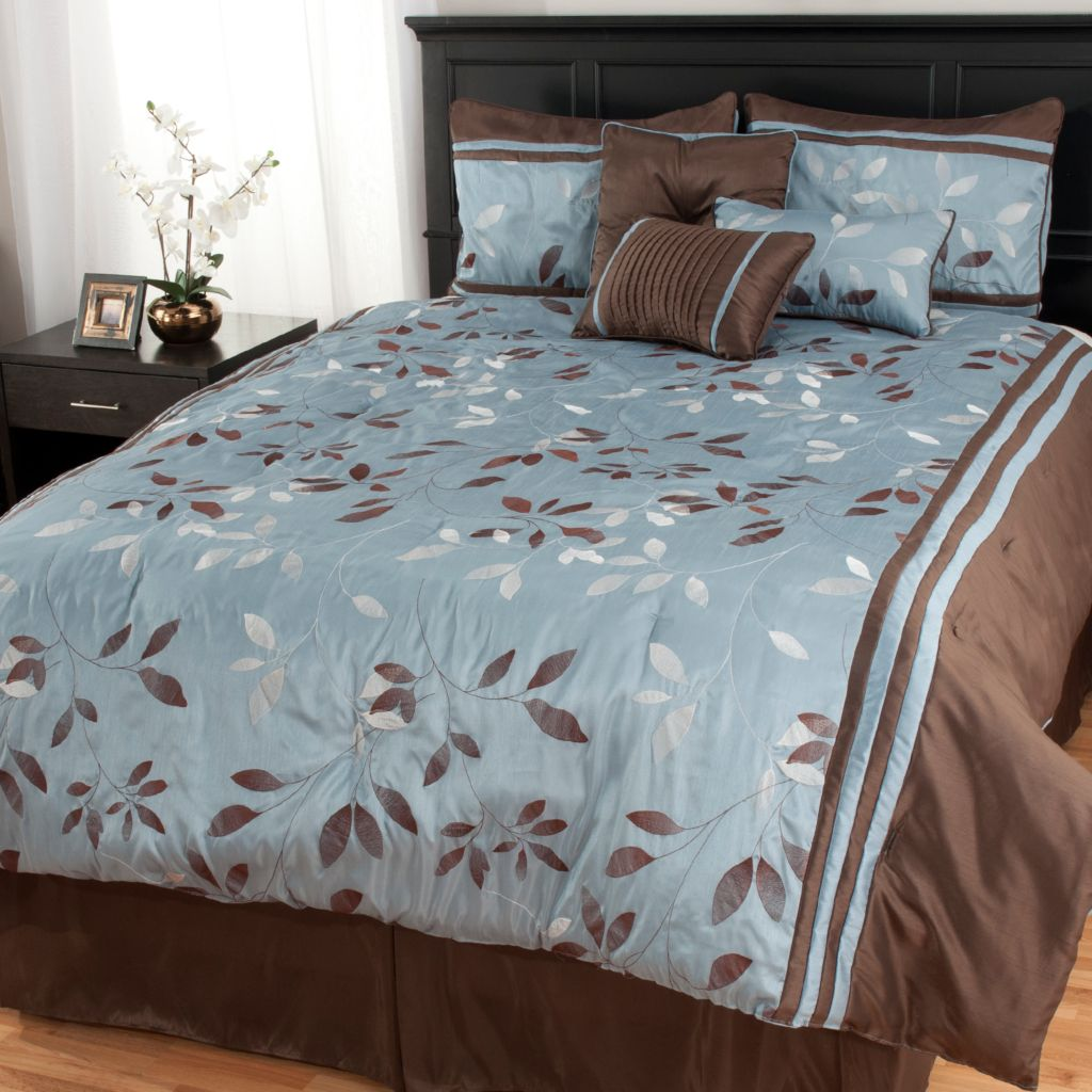 438-998 - North Shore Linens™ Leaf Jacquard Seven-Piece Bedding Ensemble