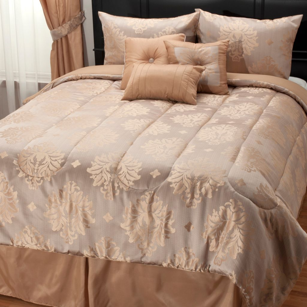 439-164 - North Shore Linens™ Medallion Jacquard Seven-Piece Bedding Ensemble