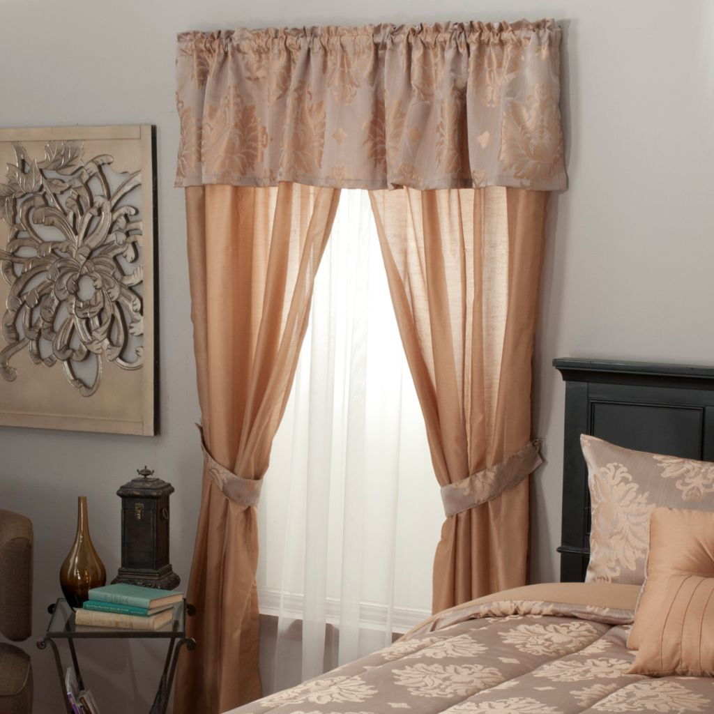 439-165 - North Shore Linens™ Medallion Jacquard Five-Piece Window Set
