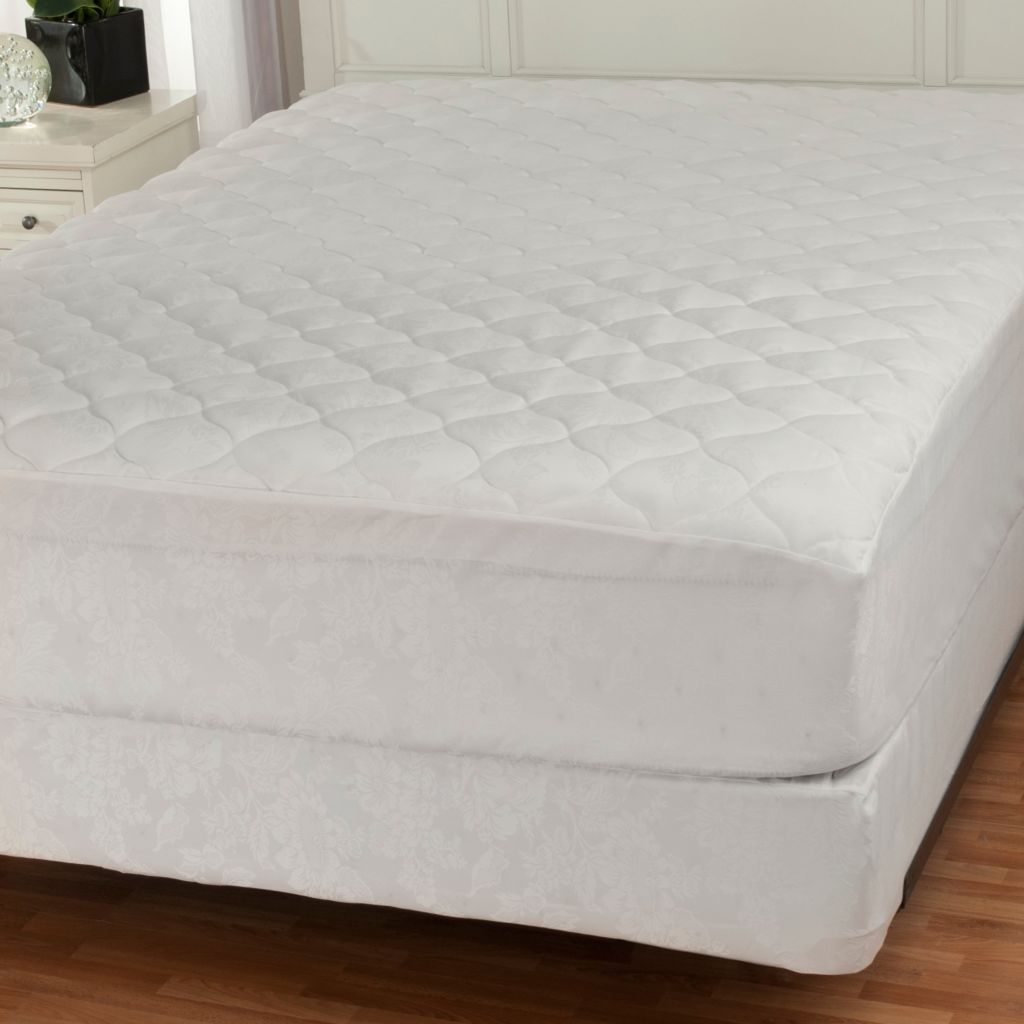 439-656 - Cozelle® Stain & Water Resistant Mattress Pad & Box Spring Cover