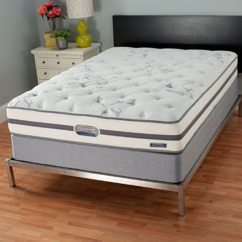 440-326 - Simmons® Beautyrest® Recharge Ocean Avenue Plush Top Mattress Set