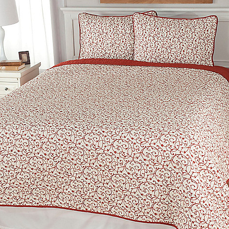 440-796 - Cozelle® Floral Microfiber Three-Piece Reversible Coverlet Set