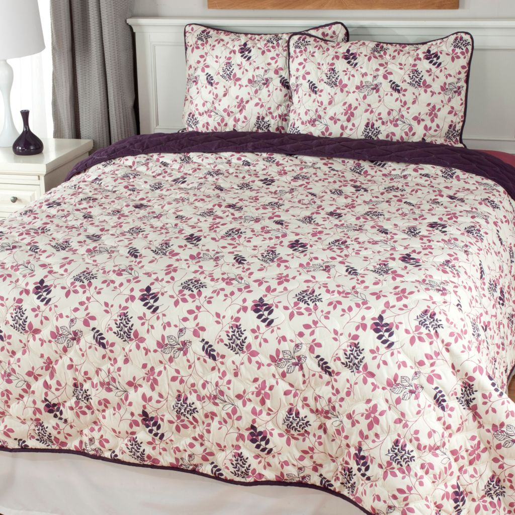440-798 - Cozelle® Leaf Microfiber Three-Piece Reversible Coverlet Set